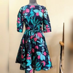 Oscar de la Renta embroidered silk dress  8 NWT